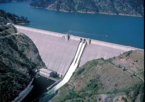 Dworshak_Dam_1